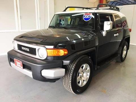 2007 Toyota FJ Cruiser for sale at LUNA CAR CENTER in San Antonio TX