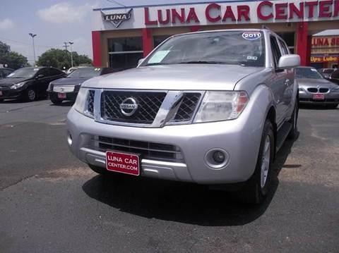 2011 Nissan Pathfinder for sale at LUNA CAR CENTER in San Antonio TX