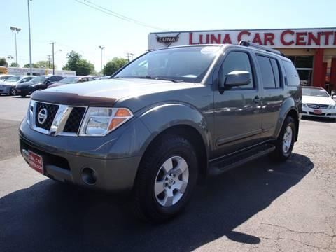 2007 Nissan Pathfinder for sale at LUNA CAR CENTER in San Antonio TX