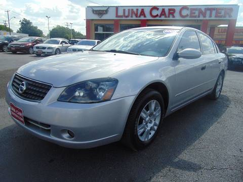 2005 Nissan Altima for sale at LUNA CAR CENTER in San Antonio TX
