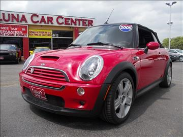 2005 MINI Cooper for sale at LUNA CAR CENTER in San Antonio TX