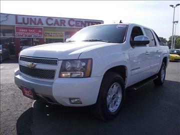 2007 Chevrolet Avalanche for sale at LUNA CAR CENTER in San Antonio TX