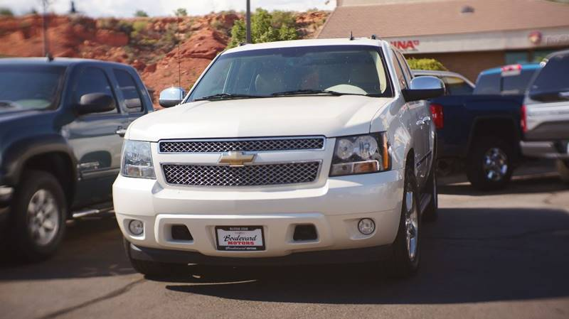 2009 Chevrolet Avalanche for sale at Boulevard Motors in St George UT