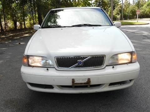 2000 Volvo V70 for sale at Liberty Motors in Chesapeake VA