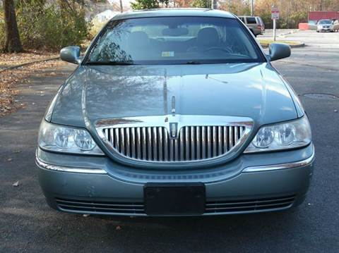 2004 Lincoln Town Car for sale at Liberty Motors in Chesapeake VA
