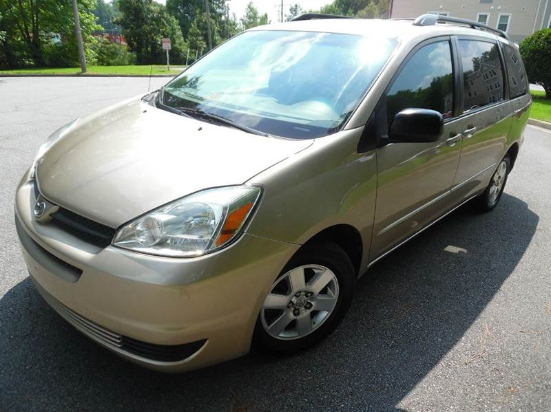 2004 Toyota Sienna for sale at Liberty Motors in Chesapeake VA