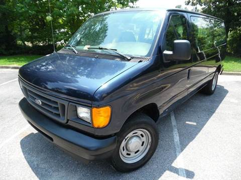 2004 Ford E-Series Wagon for sale at Liberty Motors in Chesapeake VA