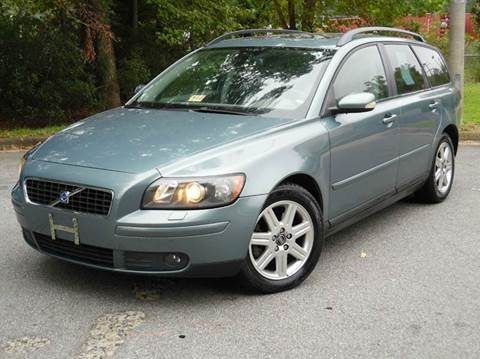 2005 Volvo V50 for sale at Liberty Motors in Chesapeake VA