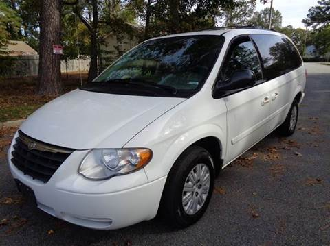 2005 Chrysler Town and Country for sale at Liberty Motors in Chesapeake VA