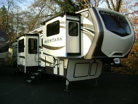 2017 Keystone Montana 3730FL / 40ft for sale in Grants Pass, OR