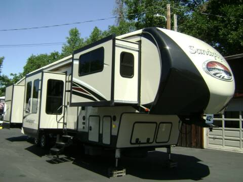 2017 Forest River Sandpiper 379FLOK / 42ft for sale at Jim Clarks Consignment Country - 5th Wheel Trailers in Grants Pass OR