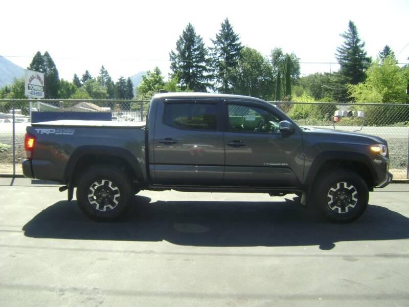 2017 Toyota Tacoma FRD Off Road 4X4 for sale at Jim Clarks Consignment Country - Vehicles in Grants Pass OR