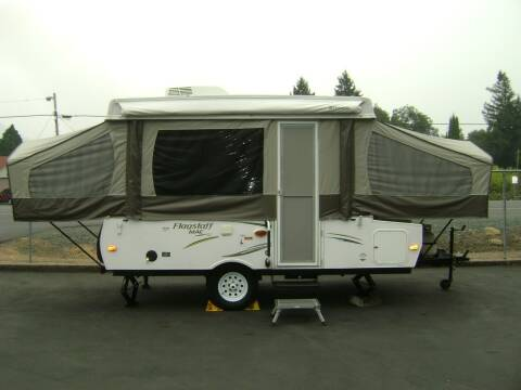 2015 Flagstaff MAC 206ST Tent Trailer / 20ft for sale at Jim Clarks Consignment Country - Folding Trailers in Grants Pass OR