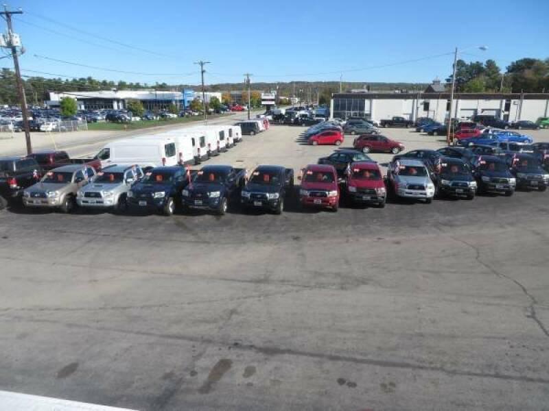2017 Nissan Sentra SV 4dr Sedan - Concord NH