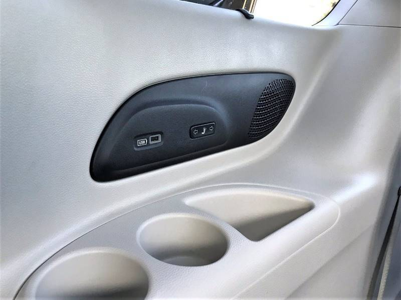 2018 Chrysler Pacifica Limited (image 43)