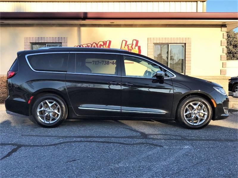 2018 Chrysler Pacifica Limited (image 48)