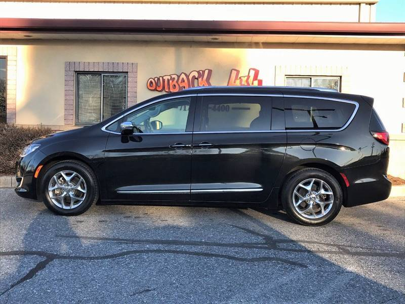 2018 Chrysler Pacifica Limited (image 49)