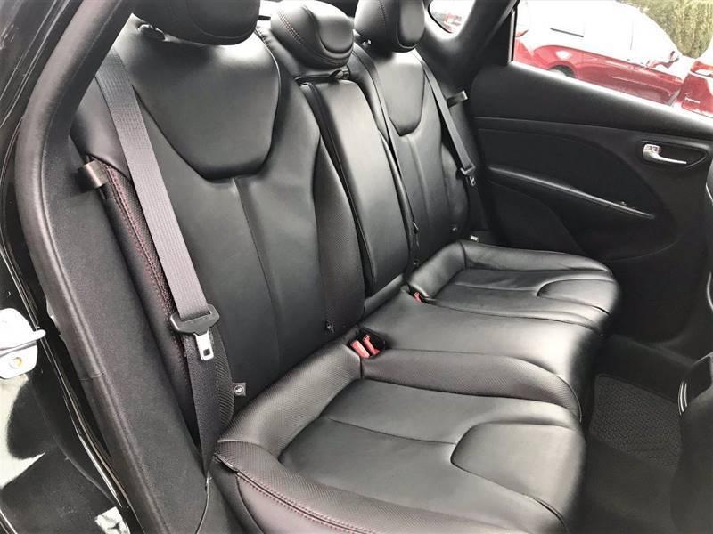 2015 Dodge Dart GT (image 11)