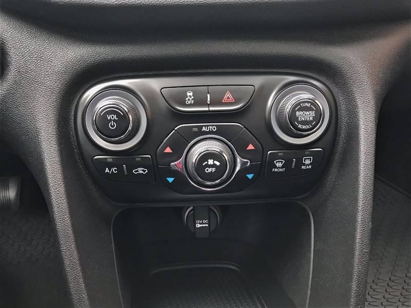 2015 Dodge Dart GT (image 30)