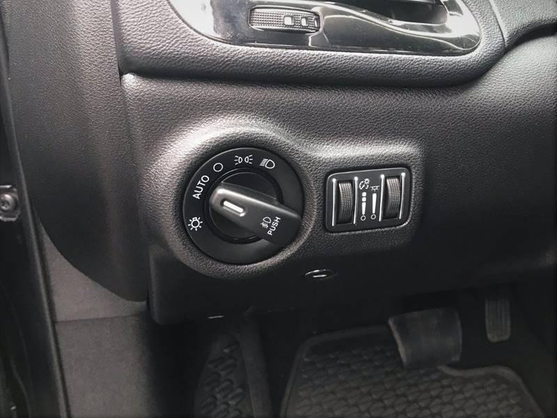 2015 Dodge Dart GT (image 33)