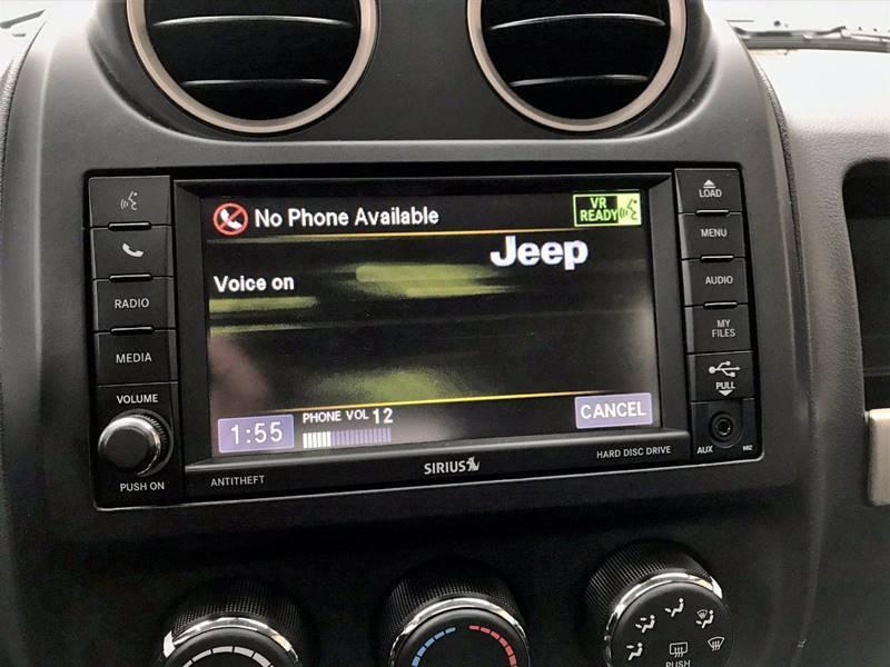 2016 Jeep Compass Sport 75th Anniversary (image 27)