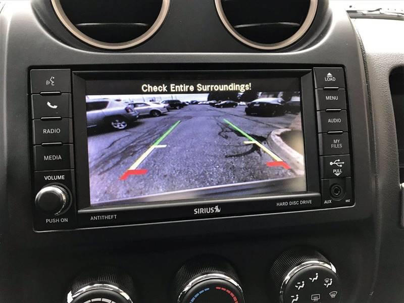 2016 Jeep Compass Sport 75th Anniversary (image 24)