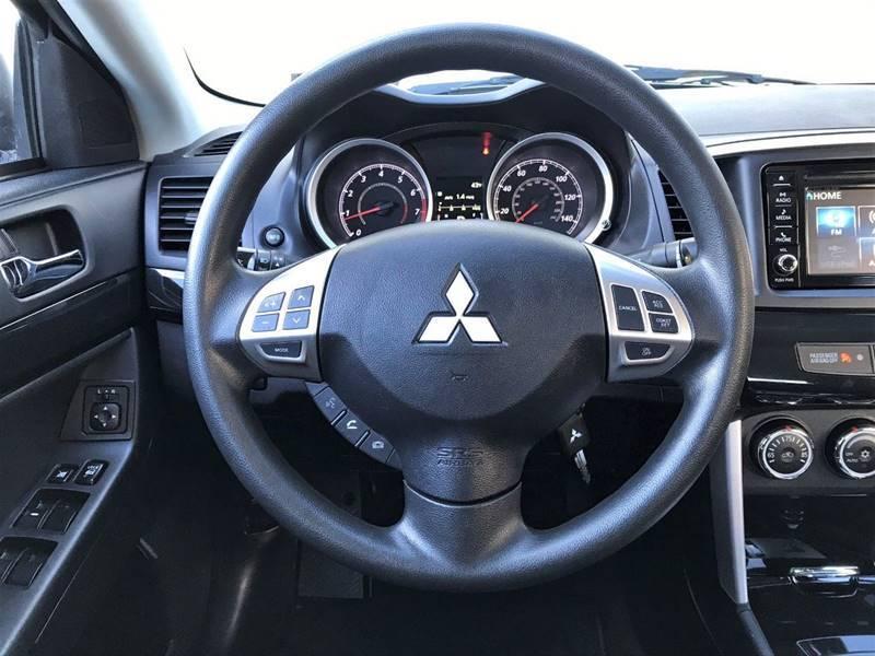 2017 Mitsubishi Lancer ES (image 14)