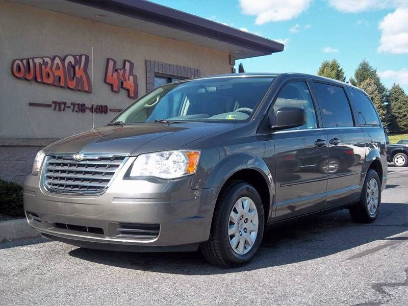 2010 Chrysler Town and Country LX 4dr Mini-Van - Ephrata PA