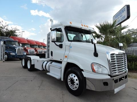2012 Freightliner Cascadia for sale in Grand Prairie, TX