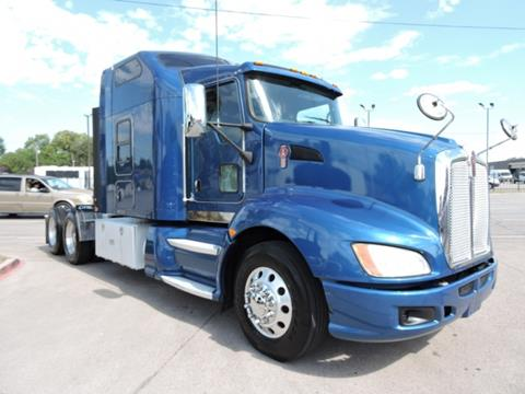 2013 Kenworth T660 for sale in Grand Prairie, TX