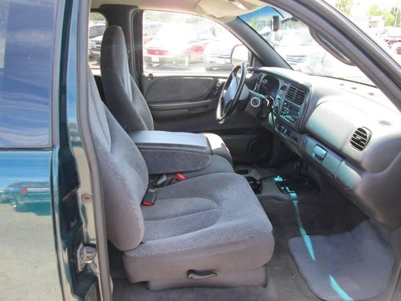 1998 Dodge Dakota 2dr SLT 4WD Extended Cab SB - Redmond OR