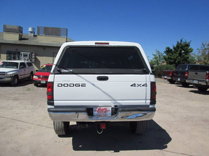 1998 Dodge Ram Pickup 2500 2dr ST 4WD Extended Cab SB - Redmond OR