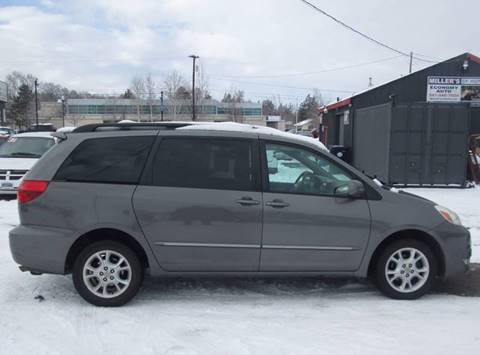 2004 Toyota Sienna for sale in Redmond, OR