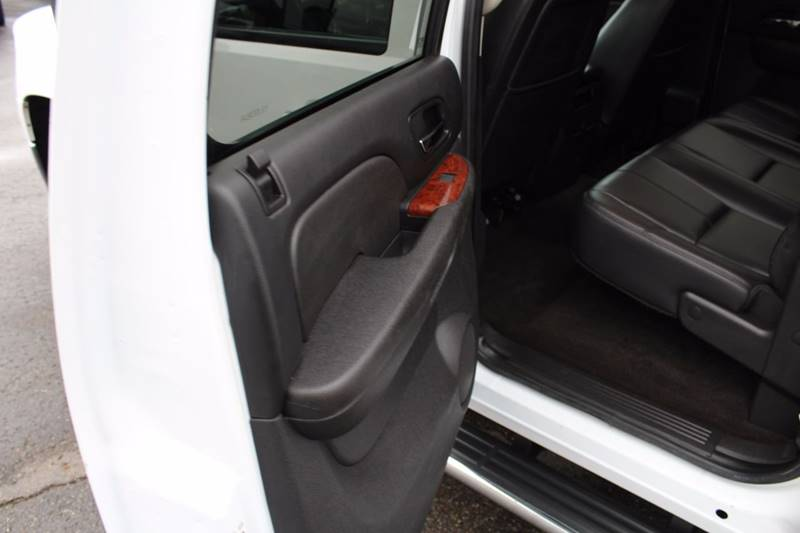 2011 GMC Sierra 2500HD 4x4 SLT 4dr Crew Cab SB - Wooster OH
