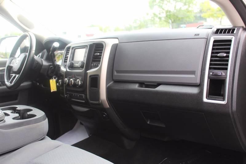 2013 RAM Ram Pickup 2500 4x4 SLT 4dr Crew Cab 6.3 ft. SB Pickup - Wooster OH