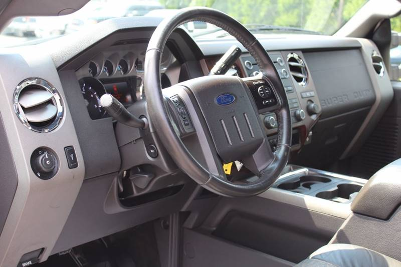 2011 Ford F-250 Super Duty 4x4 Lariat 4dr Crew Cab 6.8 ft. SB Pickup - Wooster OH