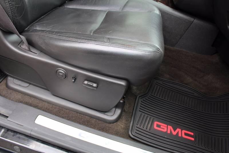 2011 GMC Sierra 2500HD 4x4 Denali 4dr Crew Cab SB - Wooster OH