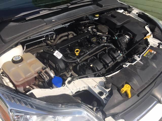 2012 Ford Focus SE 4dr Hatchback - Bloomington IN
