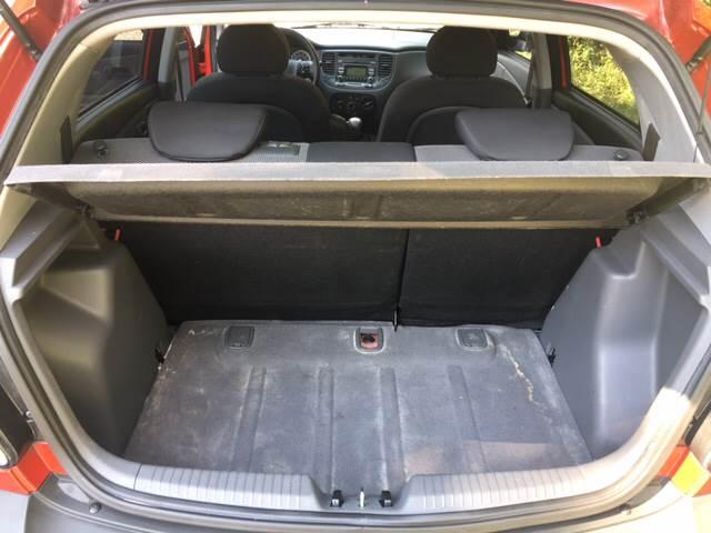 2009 Kia Rio5 LX 4dr Wagon 4A - Bloomington IN
