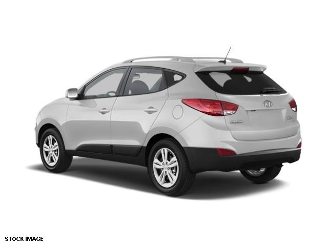 2011 Hyundai Tucson for sale at FREDY'S USED CAR SALES in Houston TX
