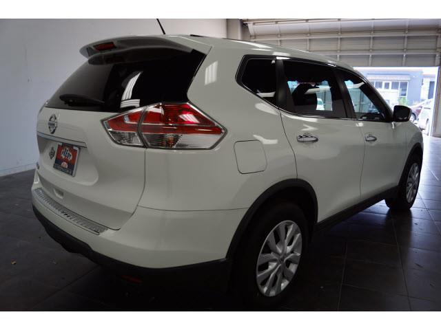 2015 Nissan Rogue for sale at FREDY'S USED CAR SALES in Houston TX