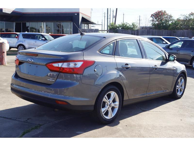 2013 Ford Focus for sale at FREDY'S USED CAR SALES in Houston TX