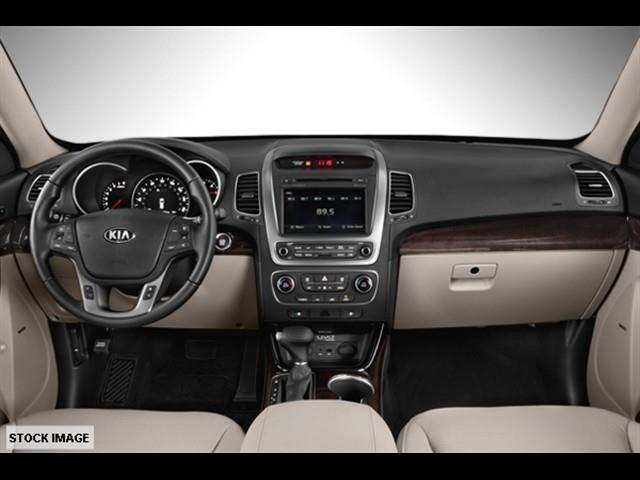2014 Kia Sorento for sale at FREDY'S USED CAR SALES in Houston TX