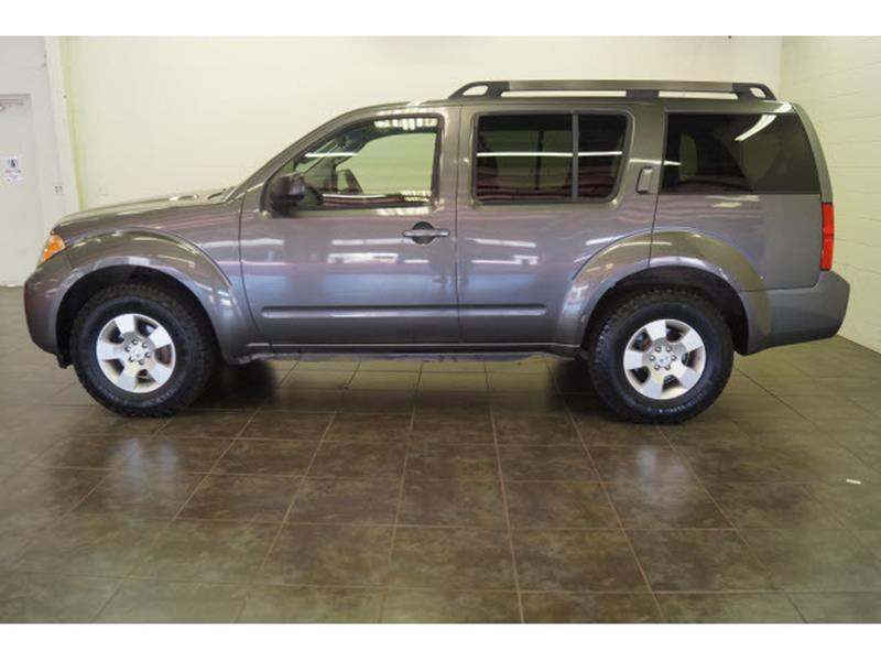 2008 Nissan Pathfinder for sale at FREDY'S USED CAR SALES in Houston TX