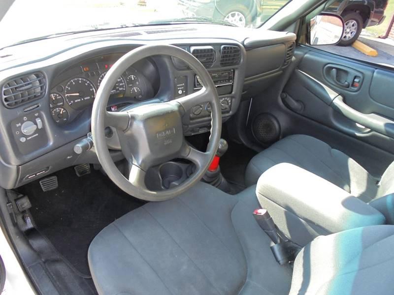2003 GMC Sonoma 2dr Standard Cab SL Rwd SB - Elizabethtown KY