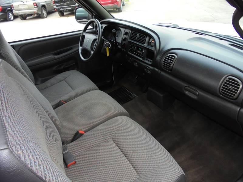 2000 Dodge Ram Pickup 1500 2dr ST Standard Cab SB - Elizabethtown KY