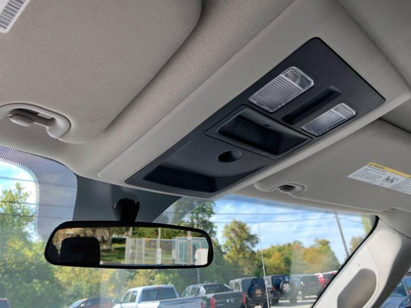 2017 RAM Ram Pickup 1500 4x4 Express 4dr Crew Cab 5.5 ft. SB Pickup - Uniontown PA