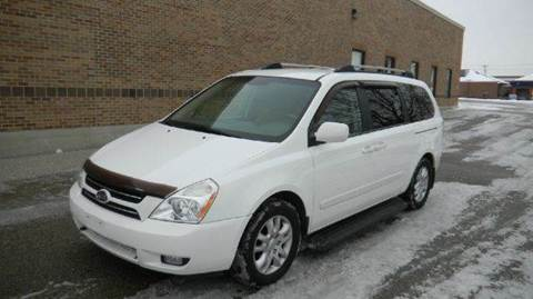 2006 Kia Sedona for sale at West Chester Autos in Hamilton OH