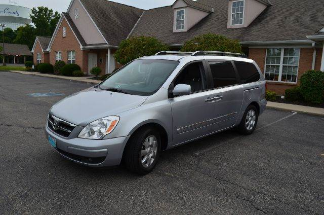 2007 Hyundai Entourage for sale at West Chester Autos in Hamilton OH