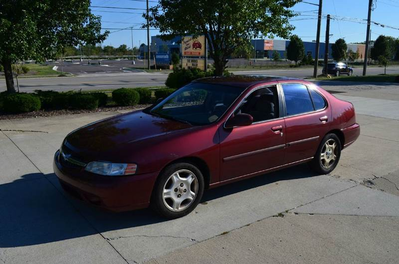 2000 Nissan Altima GXE 4dr Sedan   West Chester OH